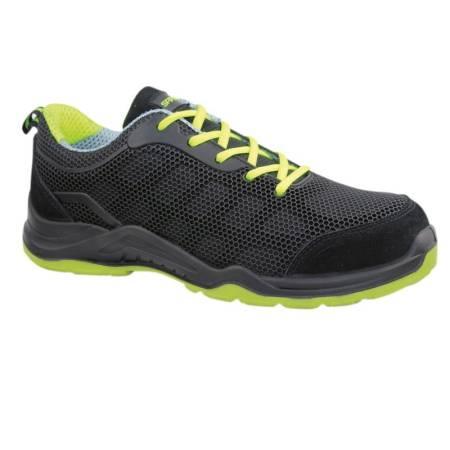 Zapato de seguridad negro y verde